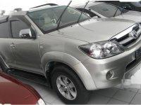 Dijual mobil Toyota Fortuner G 2005 SUV