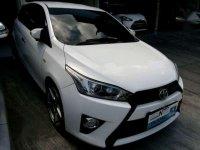 Dijual Mobil Toyota Yaris E Hatchback Tahun 2014