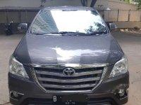 Dijual mobil Toyota Kijang Innova V 2014 MPV