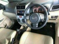 Toyota Innova G Luxury 2010