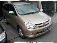 Dijual mobil Toyota Kijang Innova G 2004 MPV