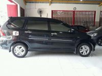 Toyota New Avanza Veloz 1.5 AT 2012 Hitam