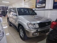 Toyota Land Cruiser 2000 SUV