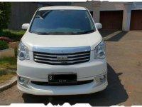 Toyota NAV1 Luxury V 2013 Mivivan