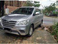 Dijual mobil Toyota Kijang Innova E 2015 MPV