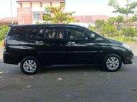 Dijual mobil Toyota Kijang 2.4 2011 siap pakai