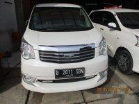 Toyota NAV1 V 2013 kondisi bagus