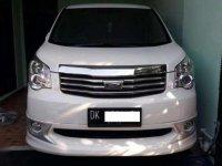 Jual Mobil Toyota NAV1 V 2014