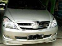Toyota Innova V Luxury Capt Seat 2006