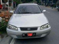 Dijual Mobil Toyota Camry Silver 2002