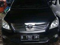 Toyota Kijang Innova V Luxury 2011