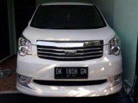 Toyota NAV1 V AT Tahun 2014 Automatic