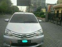Jual mobil Toyota Etios Valco E 2014