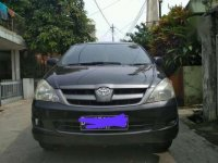 Dijual Toyota Kijang Innova E 2005