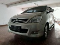 Toyota Kijang 2.4 2009