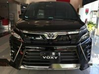 Toyota Voxy 2.0 A/T 2018