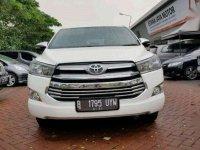 Toyota Innova 2.0 V Luxury 2016