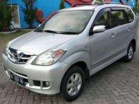Dijual mobil Toyota Avanza 2011