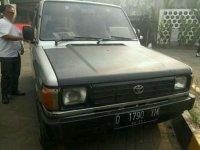 Toyota Kijang Tahun !990