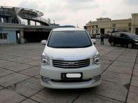 Jual mobil Toyota NAV1 V Limited 2014