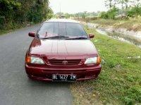 Jual mobil Toyota Soluna GLi MT Tahun 2000 Manual