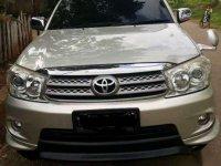 Jual Toyota Fortuner 2,7 TRD Bensin 2009