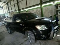 Jual mobil Toyota Hilux 2010