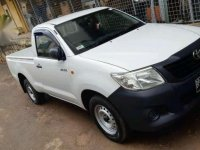 Jual mobil Toyota Hilux 2012