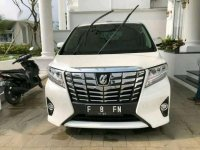 Dijual mobil Toyota Alphard G tahun 2015