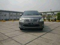 Toyota Kijang AT Bensin 2012 Abu2 Metalic