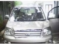 Jual mobil Toyota Noah 2005