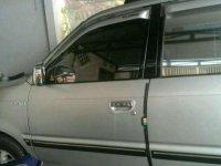 Jual mobil Toyota Kijang LGX 2002 termurah