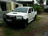 Jual mobil Toyota Hilux E 2014