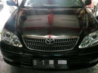 Jual mobil Toyota Camry  V 2004