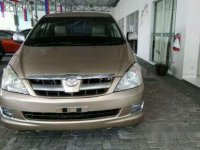 Toyota Kijang Innova V 2004 Dijual