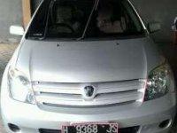2004 Toyota IST Dijual