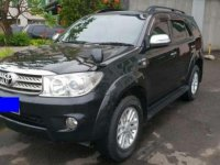 2011 Toyota Fortuner V Dijual