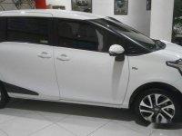 Toyota Sienta V 2018
