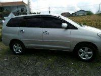 2005 Toyota Innova dijual