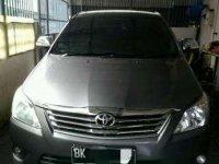 2012  Toyota Kijang Innova 2.0 Bensin Type E Manual Dijual
