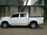 Toyota Hilux G 2.5 VNT Turbo 4x4 Manual 2014 Dijual