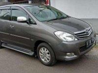 2011 Toyota Innova V AT dijual
