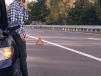 Hati-hati! Ban Meletus Secara Tiba-Tiba Di Jalan Bisa Beresiko Bahaya