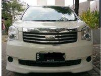 Toyota NAV1 G 2013 MPV dijual