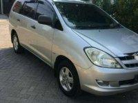 2005 Toyota Innova bensin GlX2000 dijual