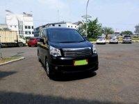 2014 Toyota NAV1 2.0 V Luxury AT FL dijual
