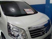 Toyota NAV1 V 2014 MPV dijual