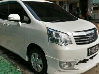 Toyota NAV1 V Limited Luxury 2014 MPV dijual