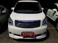 2013 Toyota NAV1 AT dijual