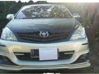Toyota Kijang Innova E 2.0 2010 Minivan Dijual
